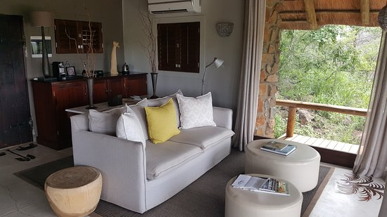 Leopard Hills Private Game Reserve, Sudáfrica: Luxury lounge