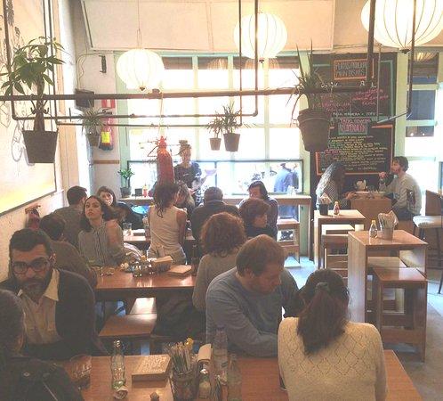 Restaurante la vietnamita born en barcelona con cocina - Restaurante vietnamita barcelona ...