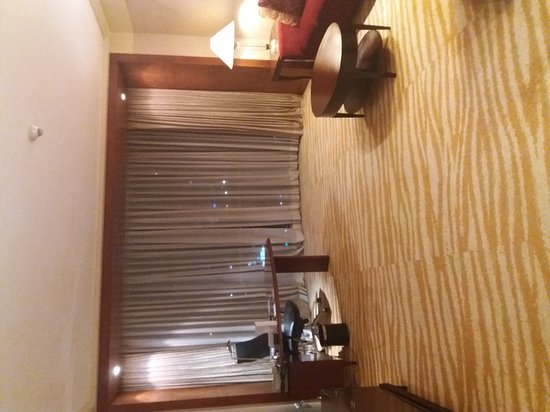 New World Manila Bay Hotel: 20170127_183227_large.jpg