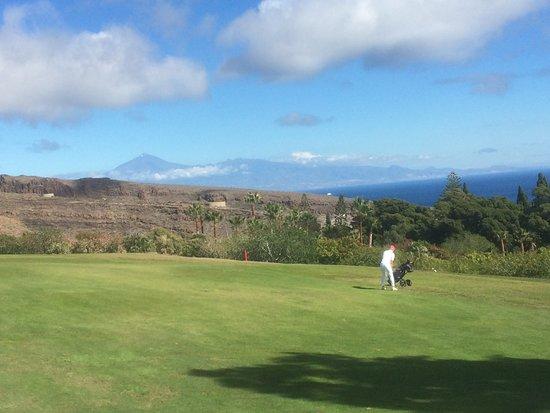 Tecina Golf: Und immer grüßt aus dem Hintergrund der Teide...