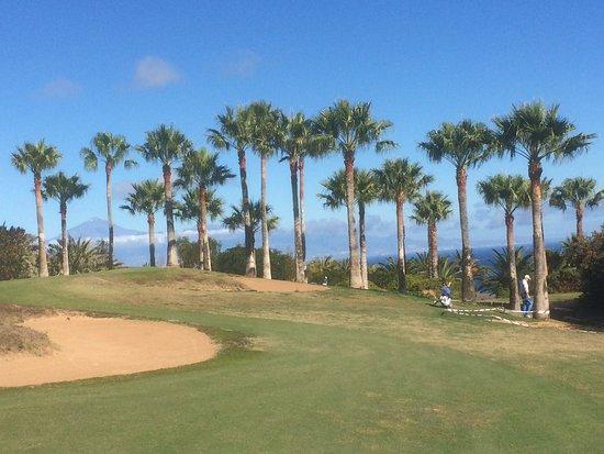 Tecina Golf: Ein Golfplatz mit traumhafter Kulisse...