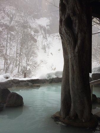憧れの雪見風呂