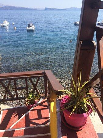 Restaurant Labros in Thirassia, near Santorini
