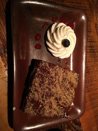 South Glastonbury, CT: Brownie Dessert