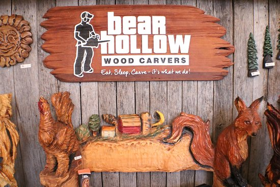 ‪Bear Hollow Wood Carvers‬