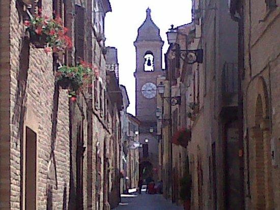 Servigliano, Włochy: via centrale
