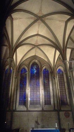 Salisbury Cathedral: IMAG0092_large.jpg