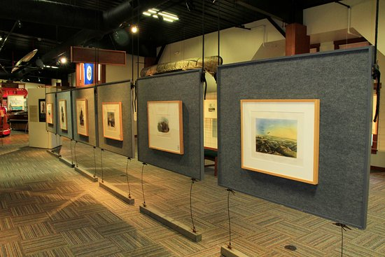 Alexandria, Minnesota: The Mahan-Zimmerman Gallery displays traveling art and history exhibits.