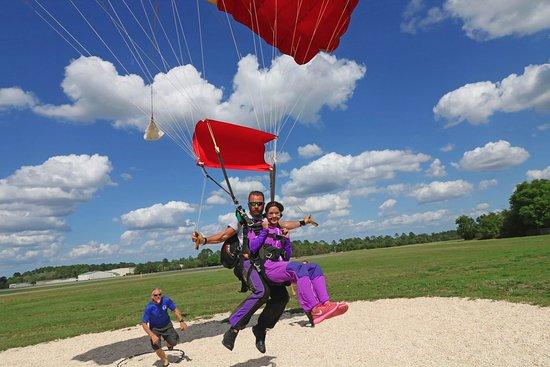 DeLand, Floryda: Tandem Landing