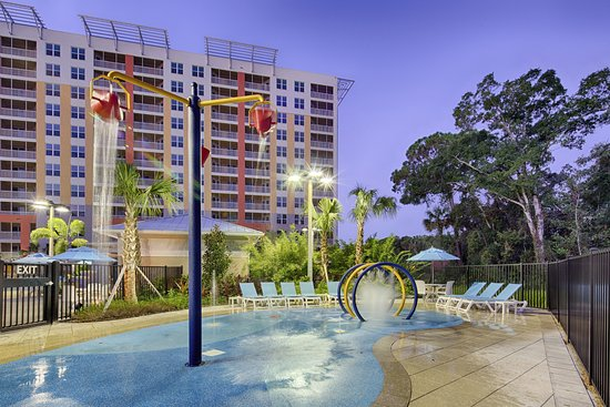 Vacation Village at Parkway: Interactive splash play area for kids