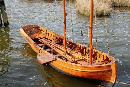 Manteo, นอร์ทแคโรไลนา: The Silver Chalice- the ships boat.