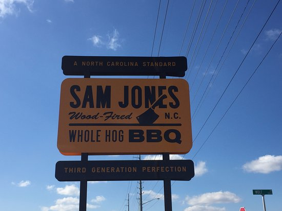 Winterville, NC: Sam Jones