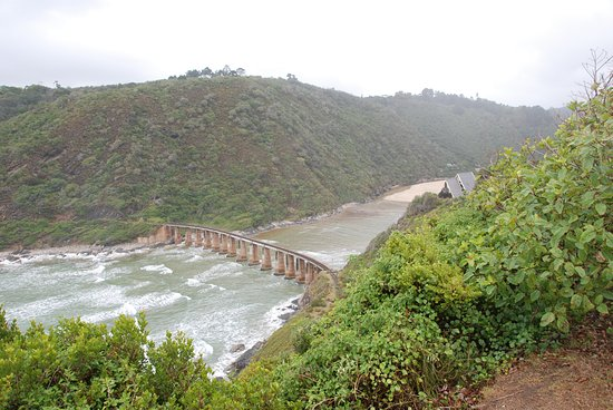 Deserto, África do Sul: alte Eisenbahnbrücke