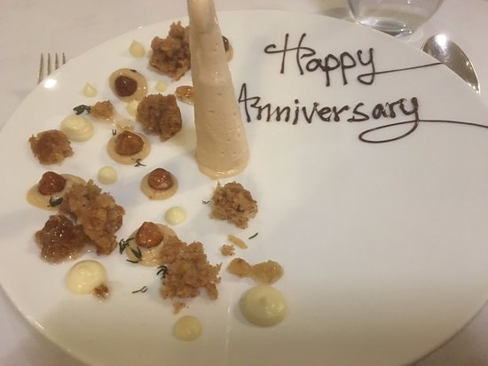West Hoathly, UK: Photos of our puddings - I told the restaurant in advance it was our anniversary dinner.