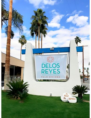 Delos Reyes Palm Springs
