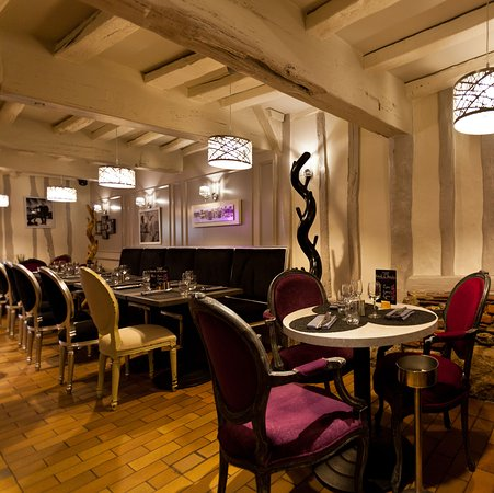 restaurant d 39 eux m mes dans rouen avec cuisine fran aise. Black Bedroom Furniture Sets. Home Design Ideas