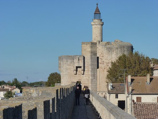 Remparts dAigues Mortes Picture of Towers and Ramparts of Aigues