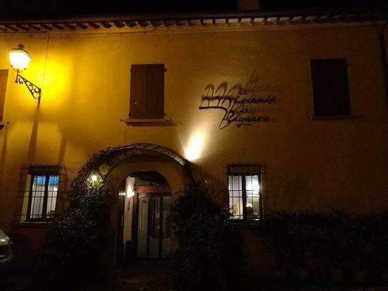 Bagnara di Romagna, Italia: La facciata