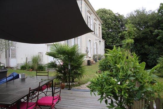 Vertou, France : Le jardin