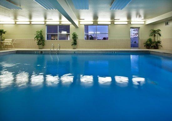 Best Western Empire Towers: Indoor Pool