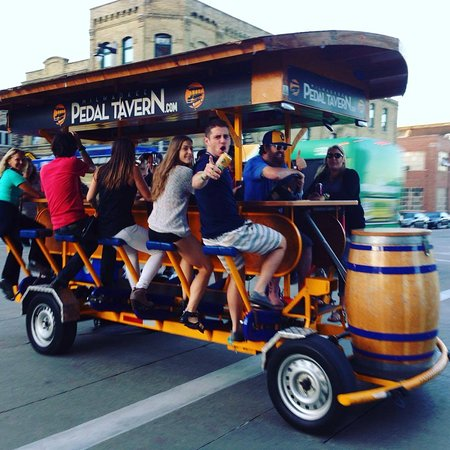 ‪Milwaukee Pedal Tavern‬