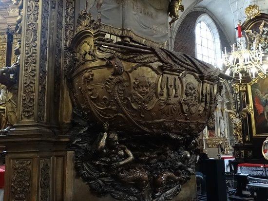 Corpus Christi Church (Kosciól Bozego Ciala): Kościół Bożego Ciała  ambona