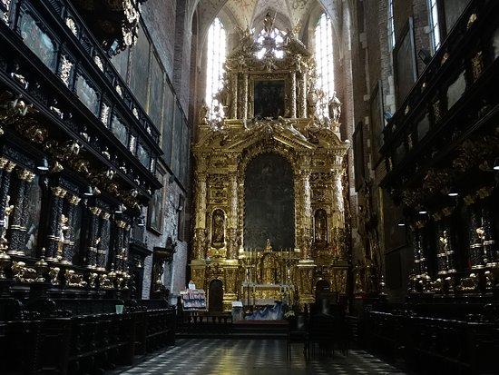 Corpus Christi Church (Kosciól Bozego Ciala): Kościół Bożego Ciała  ołtarz