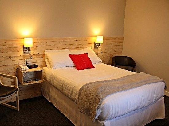 motel colonial rimouski canada comparateur de tarifs. Black Bedroom Furniture Sets. Home Design Ideas