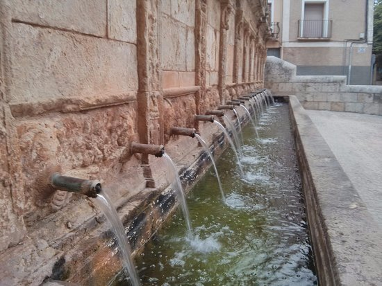 Daroca, Spain: Detalle fuente