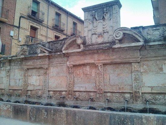 Daroca, Spain: Fuente de los Veinte Caños