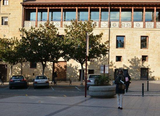 Oficina de turismo de haro spanien omd men tripadvisor for Oficina de turismo de sitges