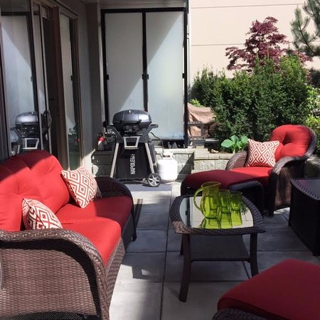 Garden Furniture Victoria Bc zen garden suite victoria bc / beautiful one bedroom one bath