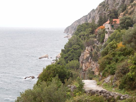 Slatine, Croacia: The Sanctuary is situated in a beautiful natural surroundings. Definitely, a must! Truly Worth i