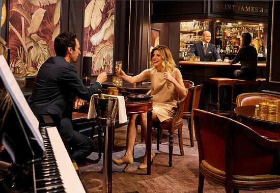 Carlton Hotel : Saint James Bar