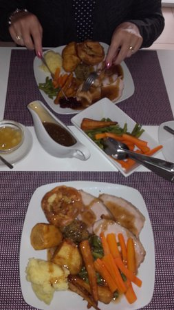 James's Place: Full plates....