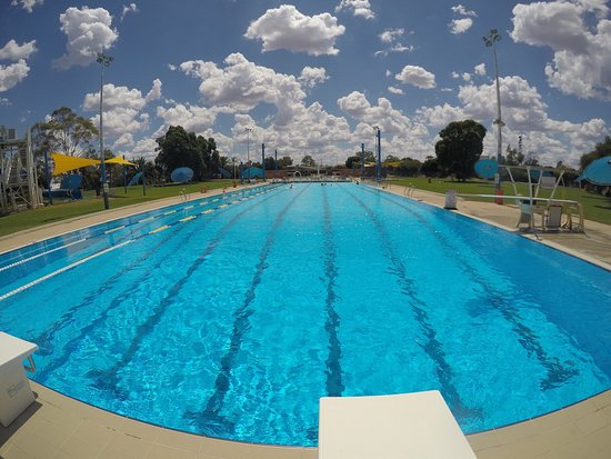 Cobar Memorial Swimming Pool