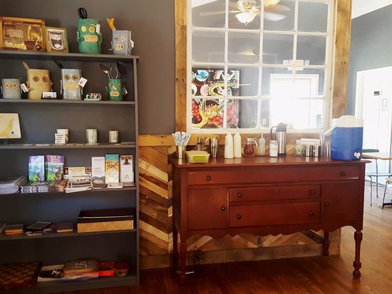 Fairview, Caroline du Nord : Gift items and coffee fixings