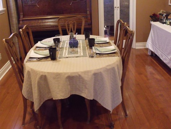 Port Perry, Canadá: Breakfast dining room