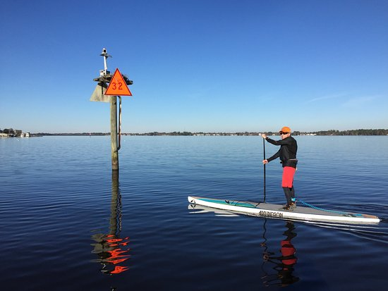 Explore New Bern in all seasons