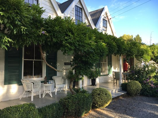 Marlborough Bed & Breakfast: Front of house