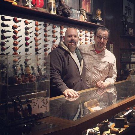 Iwan Reis Cigars & Tobacco