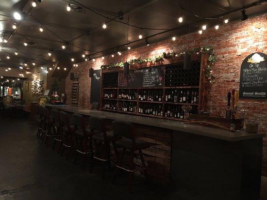 Ellensburg, WA: the bar