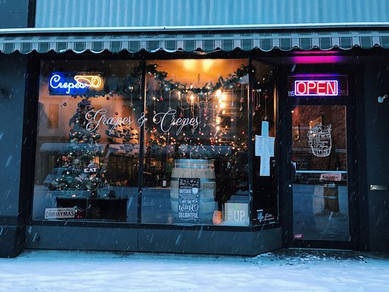 Ellensburg, WA: winter time at Grapes & Crepes