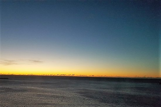 Anchor Inn: 6:00 a.m. January Sunrise