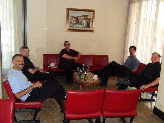 Casa Tra Noi: A small lounge