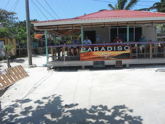 Paradiso Cafe: View-from-the road