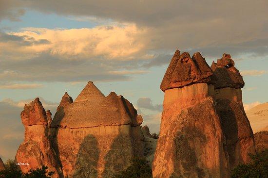 Oguzhan Abaci - Professional Tour Guide: Fairy Chimneys in Paşabağı