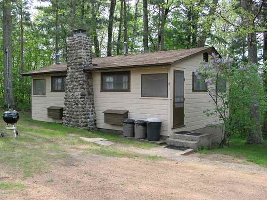 Brekke's Fireside Resort: cottage 6
