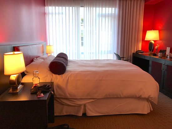 Opus Hotel: I thought the bed in my standard king room was excellent.
