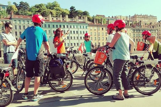 Gourmet Electric Bike Tour of Lyon